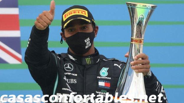 Lewis Hamilton แชมป์โลกการแข่งขันรถฟอมูล่าวัน ดารากีฬาของสหรัฐฯคว่ำบาตรเหตุการณ์เพื่อต่อสู้กับการเหยียดผิว แต่ไม่คิดว่าการพลาด