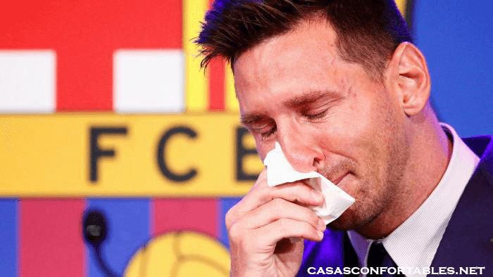 Messi สตาร์บาร์เซโลน่าทั้งในปัจจุบันและในอดีตได้ยกย่องไลโอเนล เมสซี่บนโซเชียลมีเดียหลังจากที่เขายืนยันว่าเขากำลังจะออกจากบาร์เซโลนา